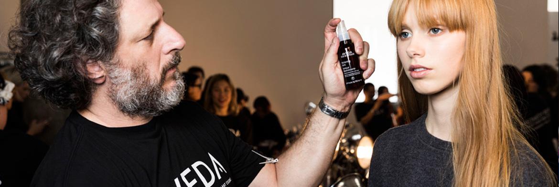 Backstage auf der New York Fashion Week: Die Haartrends von Aveda bei Tibi
