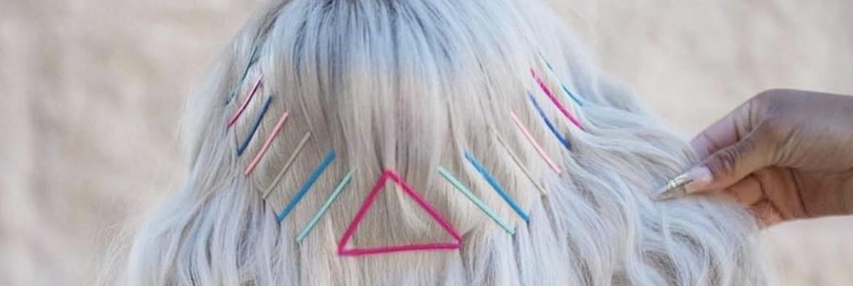 Frisuren-Inspiration: Haarnadeln als Accessoires