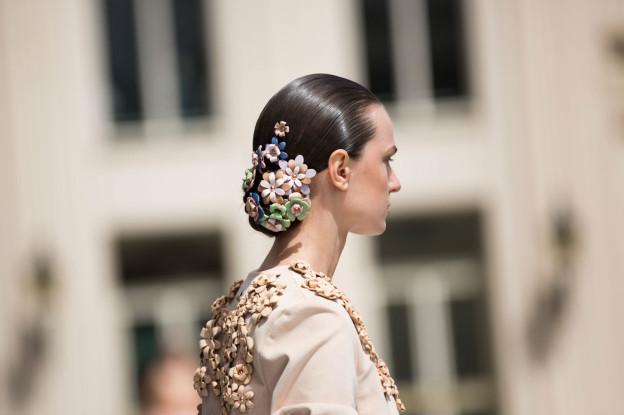 Backstage in Berlin: Der Fashion-Week-Look von Marina Hoermanseder zum Nachstylen!