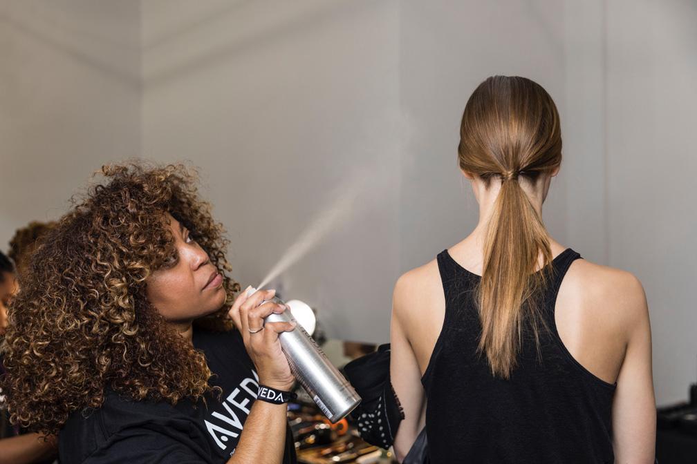 aveda-hellessy-backstage-fall-winter-2017-collections-new-york-fashion-week_32805367976_o