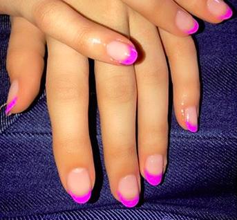 Nagellack-Trend: French-Maniküre mit Neonfarben!